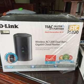 D-link Wireless AC 1200 Dual Band Gigabit Cloud Router