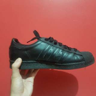 Adidas Superstar 80s (Black) **good as new**