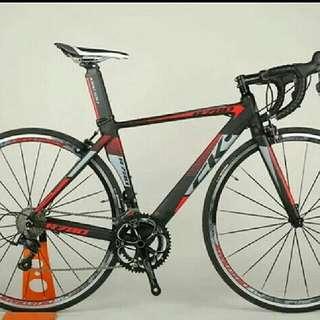 (po) 8.5kg carbon fibre road bike