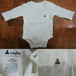 Baby Gap Brannan Pocket Bodysuit in off white