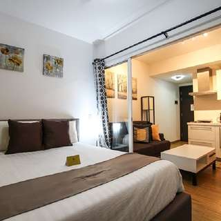 1 BEDROOM Overnight at Acqua Residences
