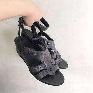 Balenciaga 涼鞋
