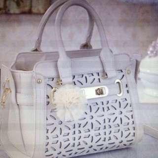 Handbag cut