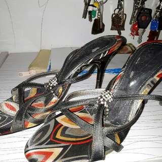 Sepatu Aveda Size 38