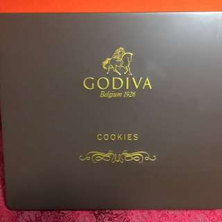 Godiva chocolate box set (empty ) meet up at Ma On Shan or SF freight pay by buyer