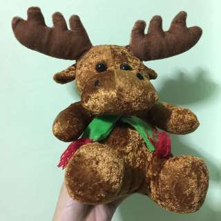 Moose Christmas plushie