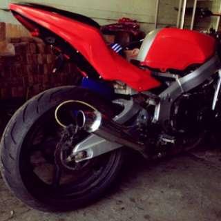 Moge Honda CBR 400 NC 23