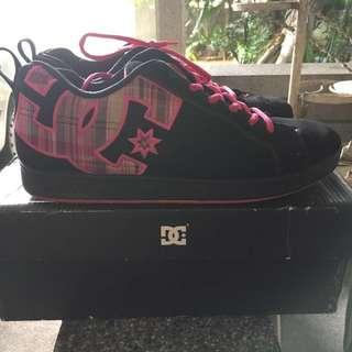 DC Shoes Original Size 9