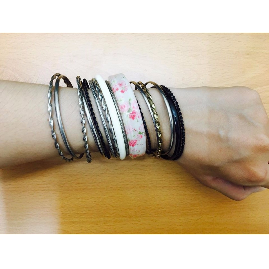 (全新)個性甜美金屬黑白色銀色金色壓克力粉紅色花紋手環