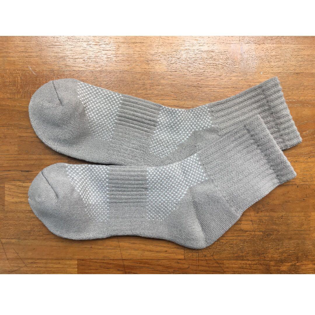 運動彈性竹炭抗菌除臭機能襪