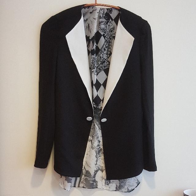 全新時尚彈性黑色薄外套