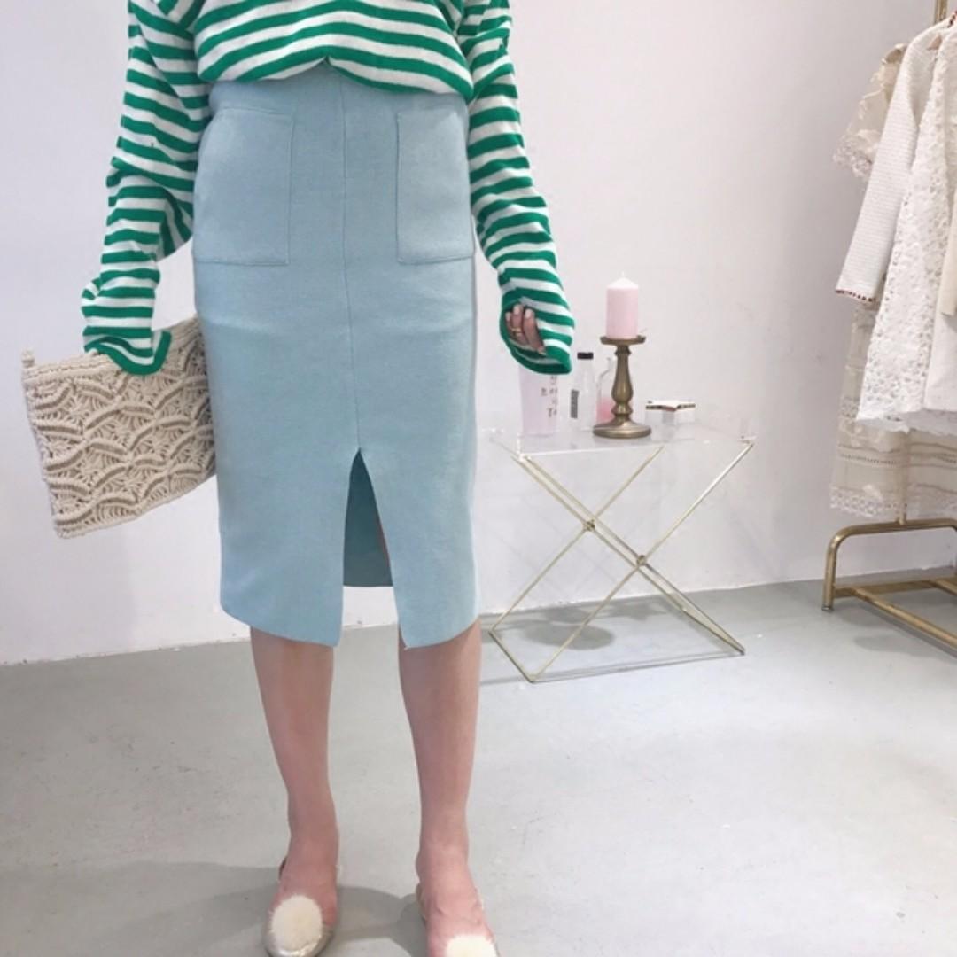秋裝新款高腰合身顯瘦雙口袋前開叉A字中長款針織半身裙 四色 均碼 蒂芬妮綠/水藍/黃/卡其