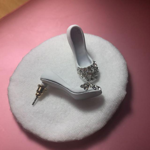 Anting heels