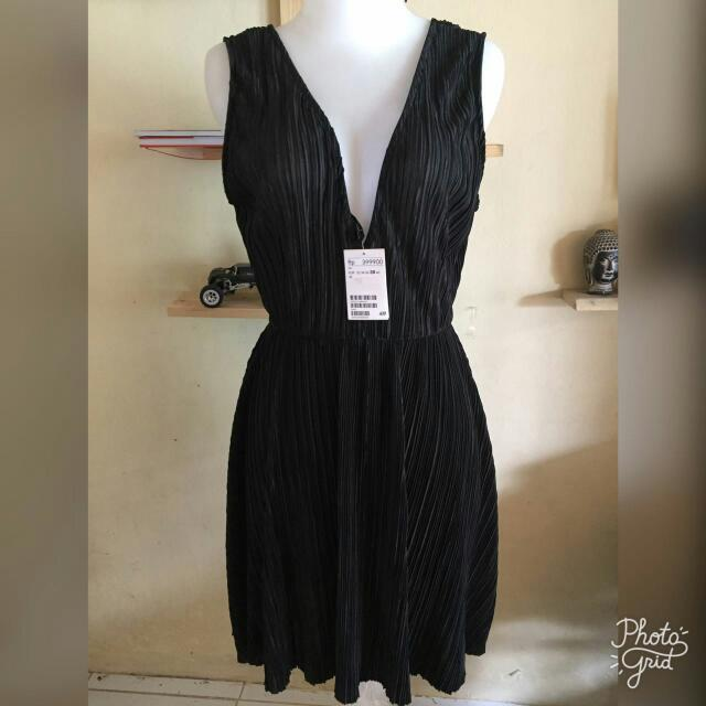 Authentic H&M black Dress