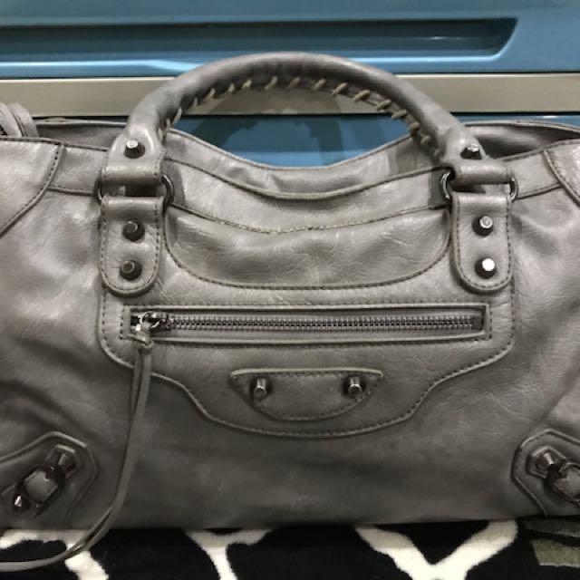 BALENCIAGA INSPIRED BAG in GRAY