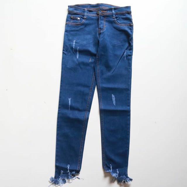 Basic jeans dark