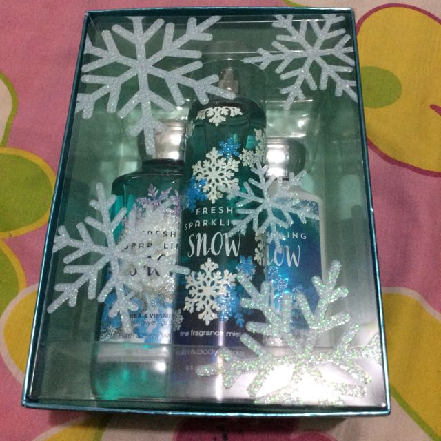 Bath and Body Works - Fresh Sparkling Snow Gift set