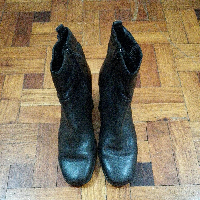 Repriced! Croft & Barrow Ankle Boots