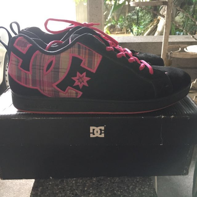 DC Shoes Original Size 9