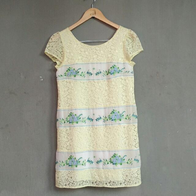 Dress Brokat Size S M