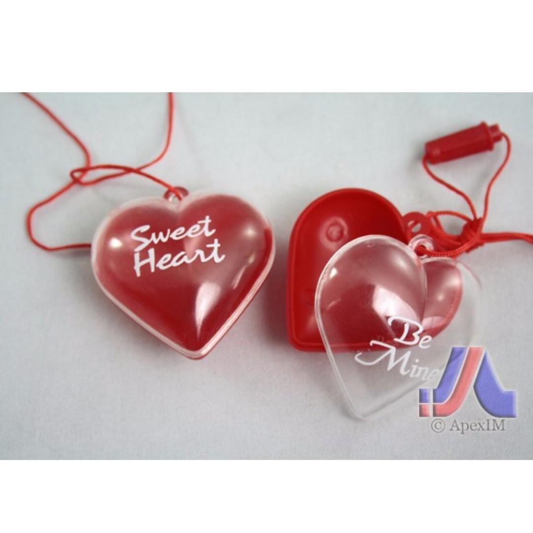 FILLABLE LOVE PENDANT 4 PCS/CARD [2754]