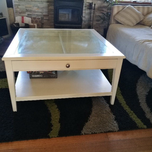 French provincial squared display coffee table white glass