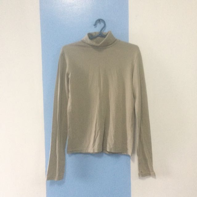 Giordano Turtle Neck Top