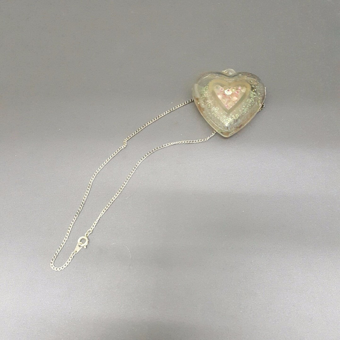 HEART NECKLACE W/ PERFUME [382]