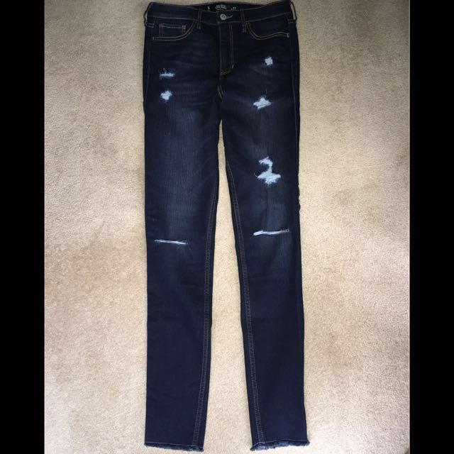 Hollister Super Skinny Jeans (only worn ONCE)