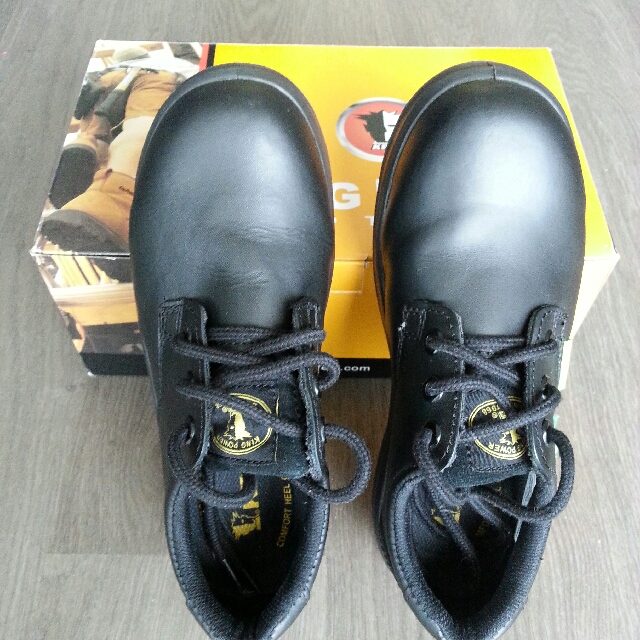 King Power Footwear