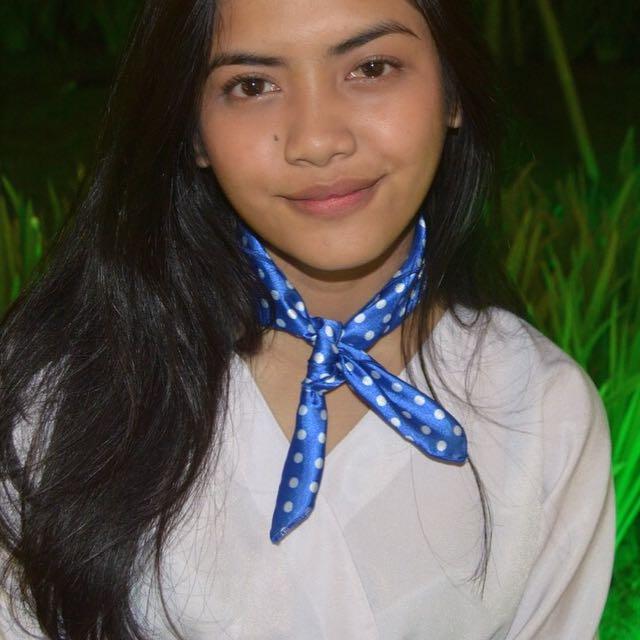 [NEW] Blue Polkadot Neck scarf / Bandana