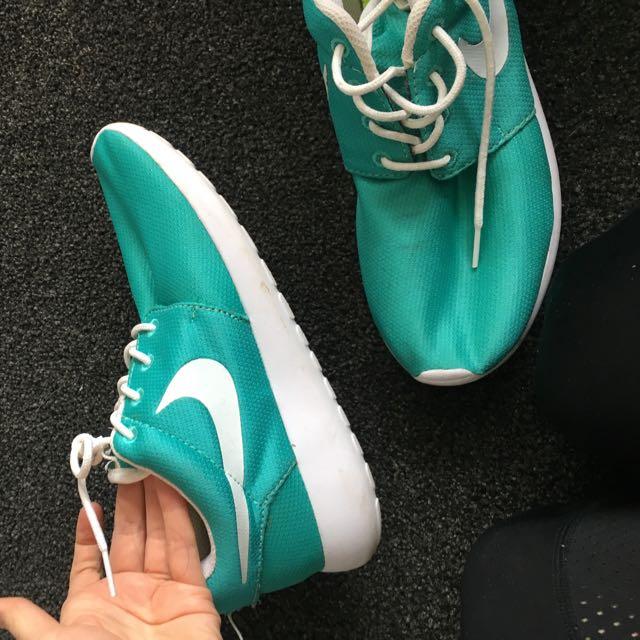 Nike Casual Runner