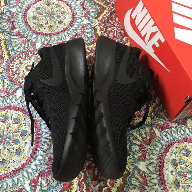 Nike Tanjun All Black 4.5Y (23.5 cm)