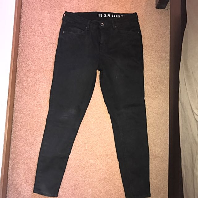 Shape Embracer Black Jeans