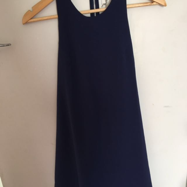 Size 8 navy dress