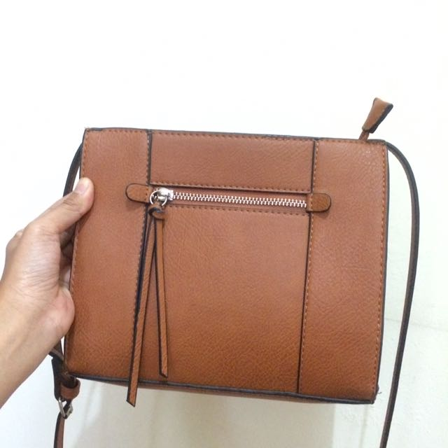 Stradivarius Messenger Slingbag Original
