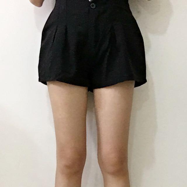 Tiff吊帶短褲