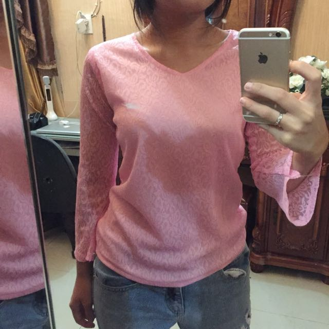 Tshirt: Pink Lace