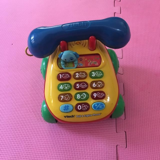 Vtech phone toy with wheels