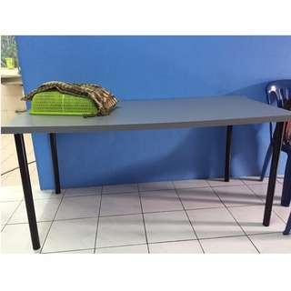 Meja IKEA (beli satu percuma satu)