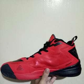 Basketball Shoe (PEAK)