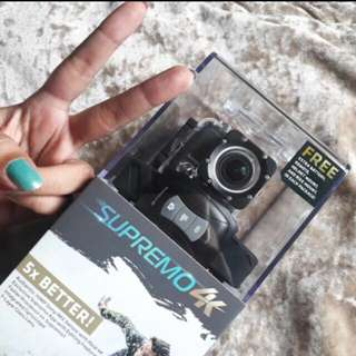 Supremo 4K with memory card