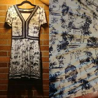 Beautiful printed Tory Burch dress size small