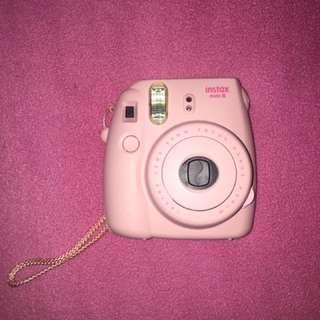 Fujifilm instax mini 8 + carrying case + photo book