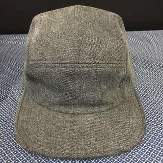 🚚 Supreme 灰色平沿帽