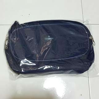 Toiletries bag (Brand new - Samsonite)