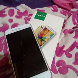 For sale: Oppo R11