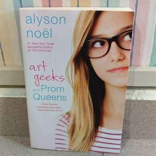 Art geeks & Prom queen