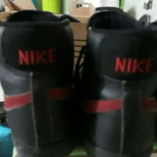 unisex high cut nike black