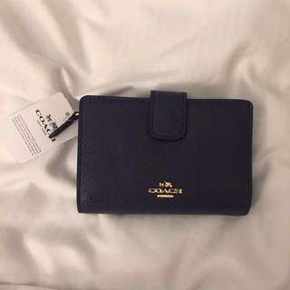BRAND NEW Coach Crossgrain Bi-Fold Tab Wallet, Dark Blue